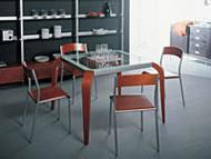 Столы с квадратной столешницей